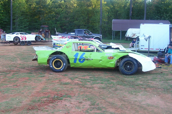 Clarys Speedway Pure Stock V8's 9/22/07