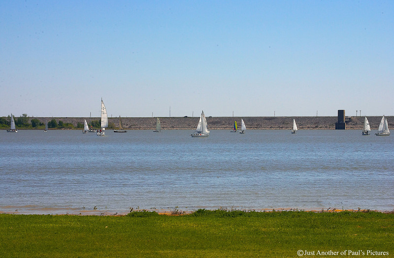 Lake Grapevine Sailboats 15 April 07