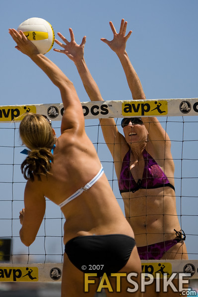 Alicia Polzin puts up a big block