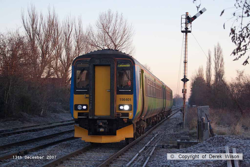 071213-006     East Midlands Trains class 156 unit no 156401 is seen arriving at Lowdham with the 07.29 Lincoln Central to Leicester.