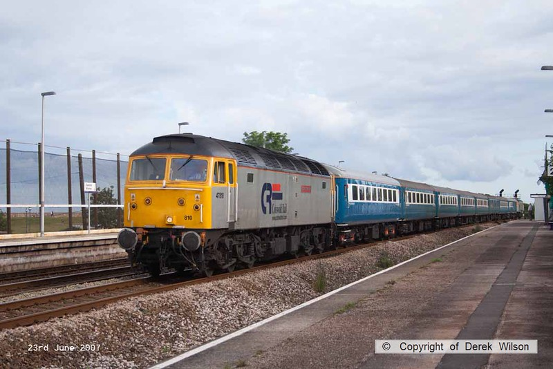 070623-003     Cotswold Rail class 47's no's 47810 (leading) and 47828 (rear) 'top and tail' with the Blue Pullman charter set are captured passing through Dawlish Warren with 1Z42, 17.15 Kingswear to Ashford International.