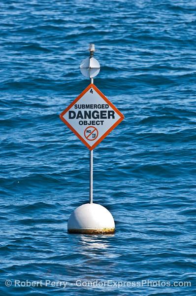 submerged danger sign dismantled oil rig 2007 02-17 Santa Barbara--002