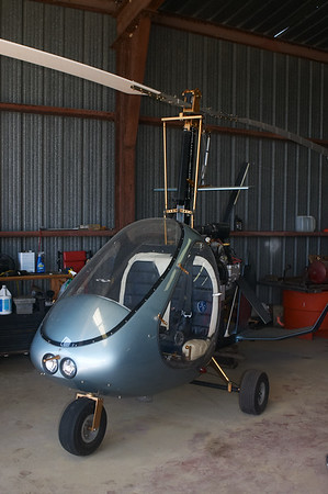 I've never seen an autogyro in person. It's such a silly-looking aircraft.