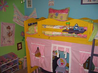 A little girl lives here...October 2007