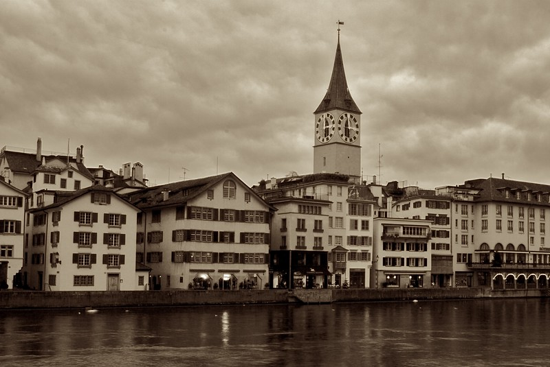 St Peter's church, Zurich • The church of St Peter is perportedly Zurich's oldest parish church, since it can trace its origins to 857 and earlier. It sits on the East bank of the River Limmat, nestled behind the water-front buildings.