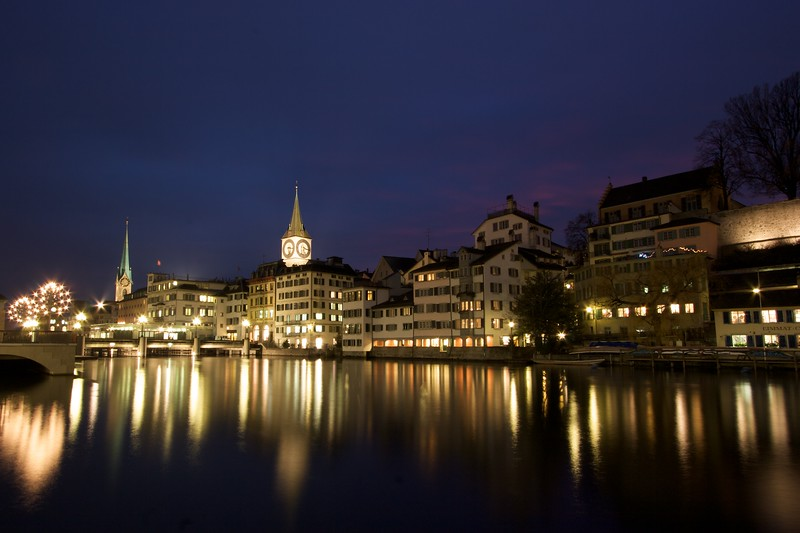 More reflections of Zurich • The spire on the left is that of Fraumünster; on the right is that of St Peter's church. Both are, of course telling the same time: 5.16 p.m.