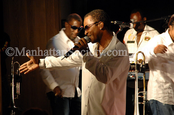 """ASPEN ART MUSEUM: Art CRUSH 2007 Gala After Party at """"The BellyUp"""" with Kool & The Gang"""