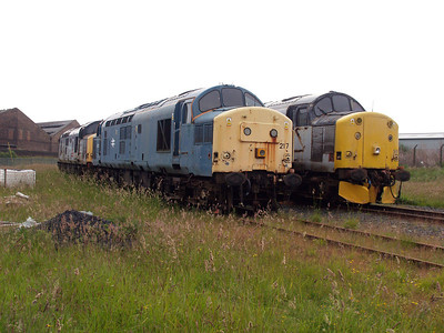37217 & 37518 stored at Ayr TMD