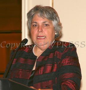 Carmen Vazqueztell offers remarks at the Black and Hispanic Coalition Dinner Dance.