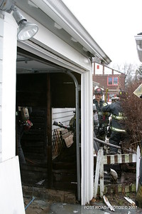 20070121-garage-fire-bridgeport-connecticut-wade-st-credit-post-road-photos-030