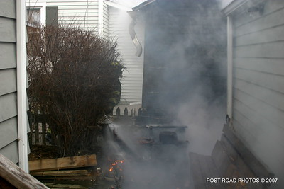 20070121-garage-fire-bridgeport-connecticut-wade-st-credit-post-road-photos-004