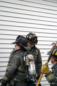 20070121-garage-fire-bridgeport-connecticut-wade-st-credit-post-road-photos-012
