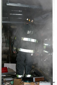 20070121-garage-fire-bridgeport-connecticut-wade-st-credit-post-road-photos-026