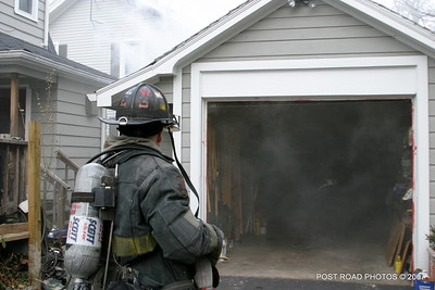 20070121-garage-fire-bridgeport-connecticut-wade-st-credit-post-road-photos-006