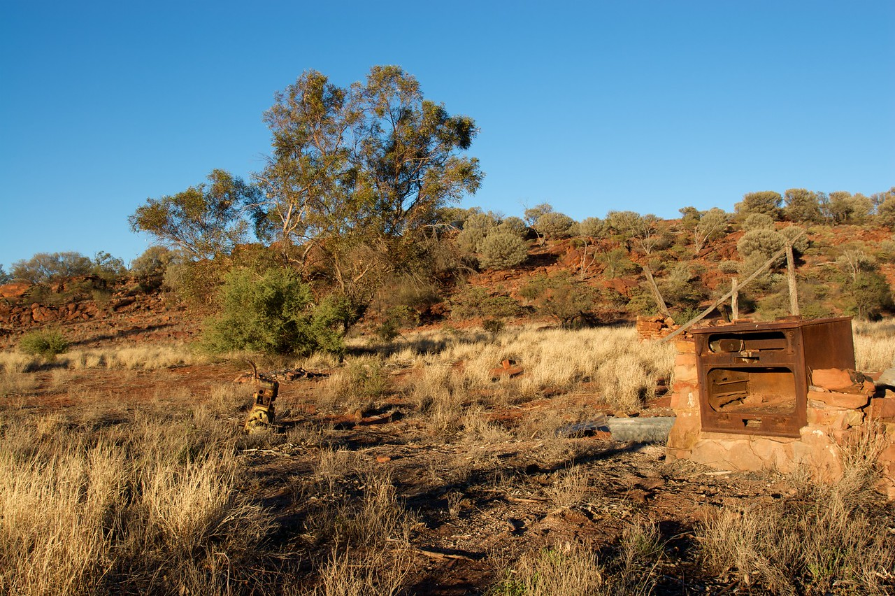 Homestead remains • The cooker of the homestead at Old Angas Downs cattle station, about 220km south-west of Alice Springs, has been rusting since the desertion of the station.