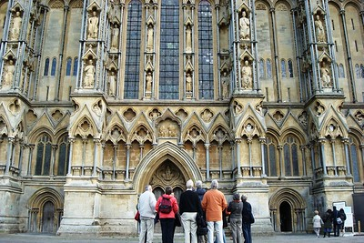 20 - Examining the Entrance of Wells Cathedral - Liz Greenberg
