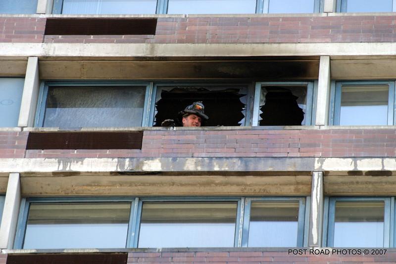 20070429-chicago-fire-cfd-211-e-ohio-05