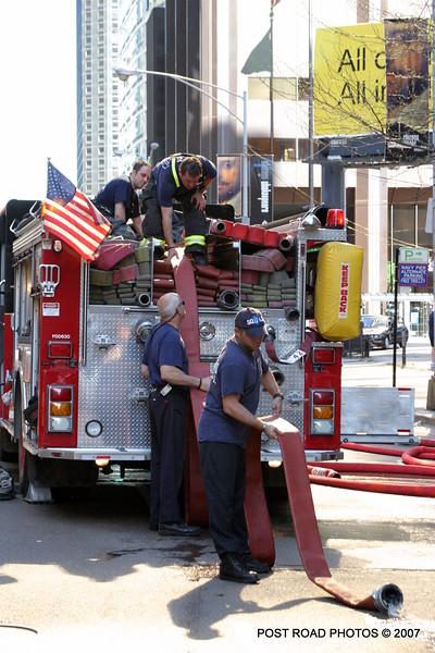 20070429-chicago-fire-cfd-211-e-ohio-25