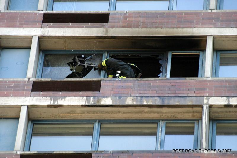 20070429-chicago-fire-cfd-211-e-ohio-10