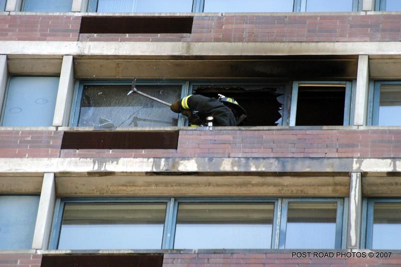 20070429-chicago-fire-cfd-211-e-ohio-09