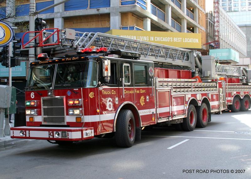 20070429-chicago-fire-cfd-211-e-ohio-18