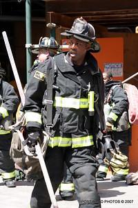 20070430-chicago-fire-600-n-fairbanks-17
