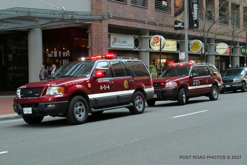 20070430-chicago-fire-4-5-4-field-officer-27