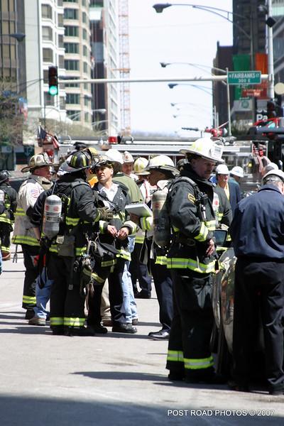 20070430-chicago-fire-600-n-fairbanks-03