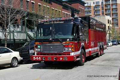 20070430-chicago-fire-haz-mat-monroe-aberdeen-05