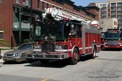 20070430-chicago-fire-haz-mat-monroe-aberdeen-08