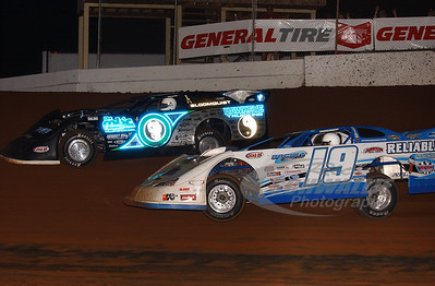 19 Steve Casebolt and 0 Scott Bloomquist