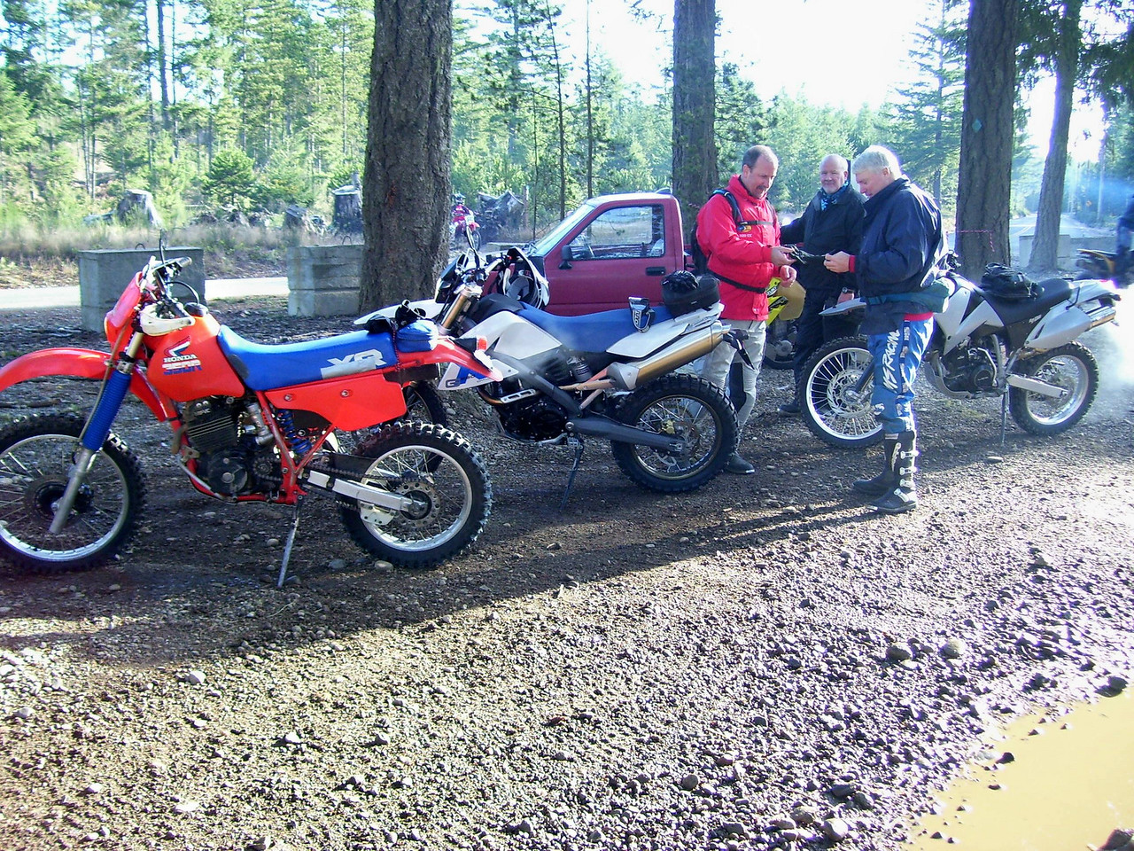 Getting ready to go. It's about 35 degrees, Tod, Paul, and Wild Bill.