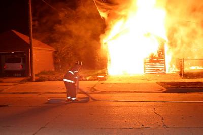 2007-july-detroit-garage-fire-13303-promenade-01 (83548732)