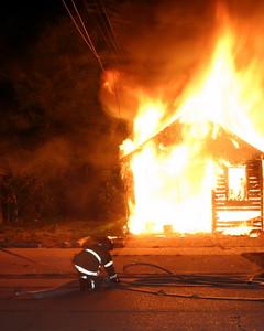 2007-july-detroit-garage-fire-13303-promenade-04 (83548736)