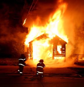2007-july-detroit-garage-fire-13303-promenade-06 (83548738)