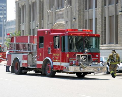 2007-july-detroit-fire-cass-tech-2421-second-00 (83614577)