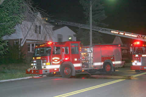 2007-july-detroit-fire-joseph-campau-east-nevada-5 (83458239)