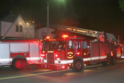 2007-july-detroit-fire-joseph-campau-east-nevada-0 (83458232)