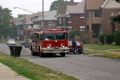 2007-july-detroit-house-fire-virginia-park-01 (83413138)