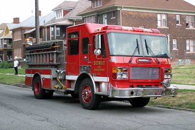 2007-july-detroit-house-fire-virginia-park-33 (83413184)