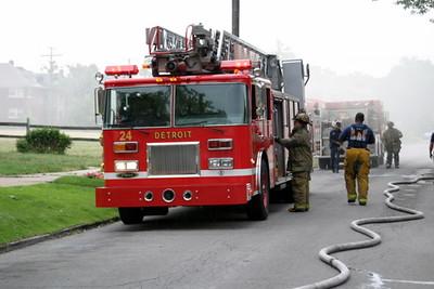 2007-july-detroit-house-fire-virginia-park-18 (83413157)