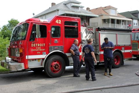 2008_Detroit_MI_house_fire_5586_Allendale-3 (101808567)