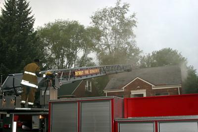 2007-july-detroit-fire-coyle-near-tyler-2 (83457289)