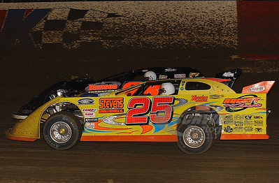 25 Shane Clanton and 88 Wendell Wallace