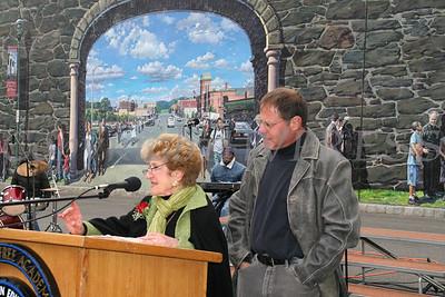 Kiki Hayden and mural artist Garin Baker