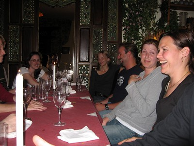 Erin (l), Kara, Michelle, Matt, Abbie, and Darrene, at the group's first dinner together in The Hague