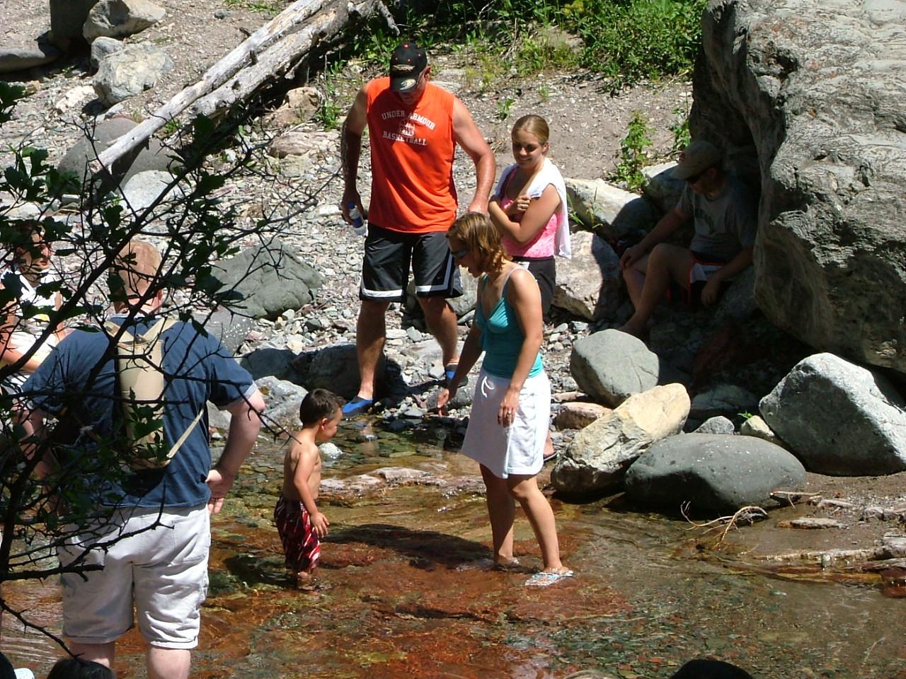 (top) Kelly (orange), Abby, Kent (rock shadow) (bottom) Chris (back to camera), Joshua, Erica