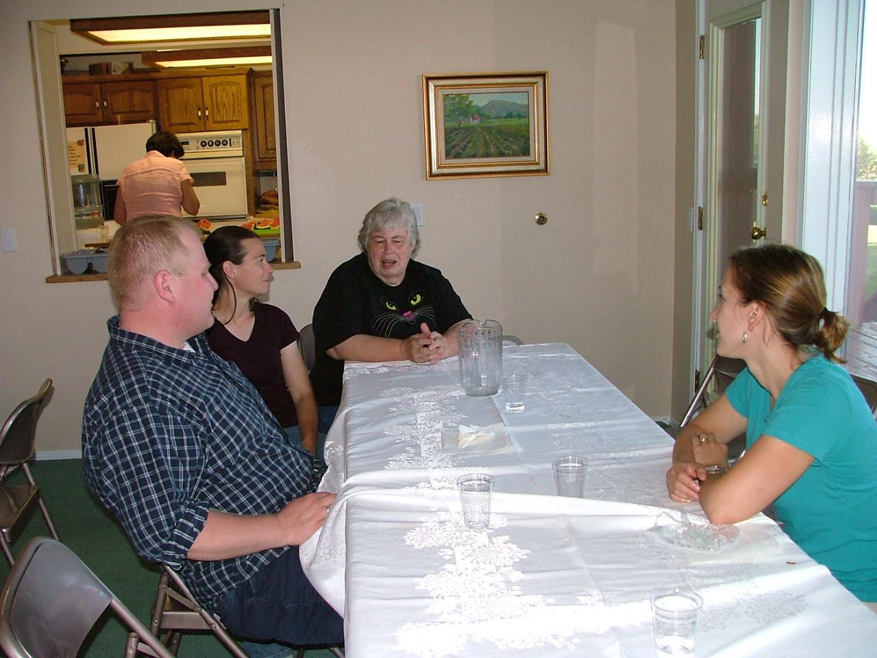 Chris, Kristina, Mom, Erica (Sue in background)