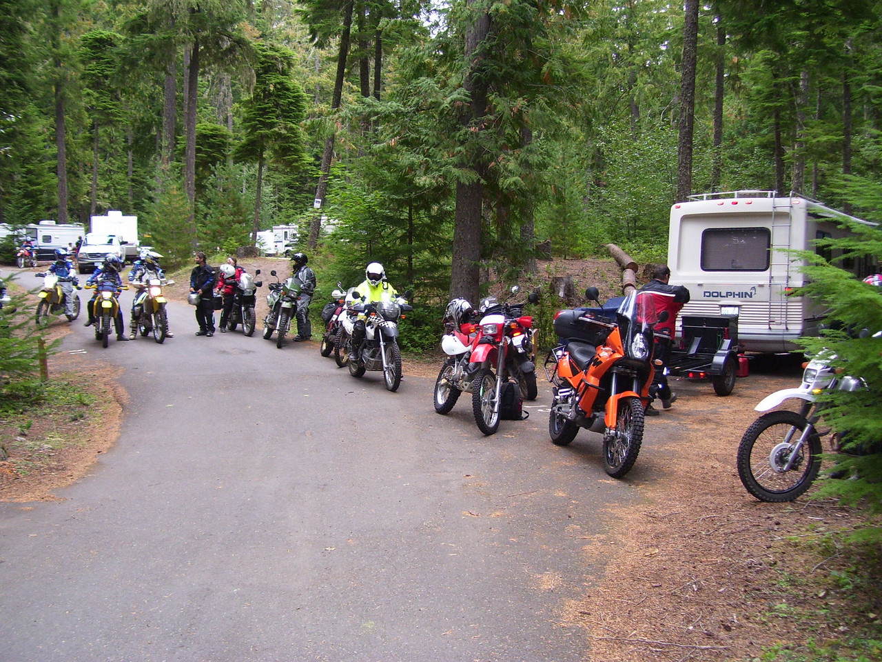 Friday Morning and the starting line up for our first Adventure ride to Mt St Helens via 7807, 22, Randle and the 26 road.