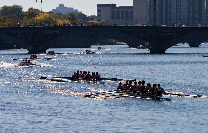 Eights coming through the Western Ave. bridge.